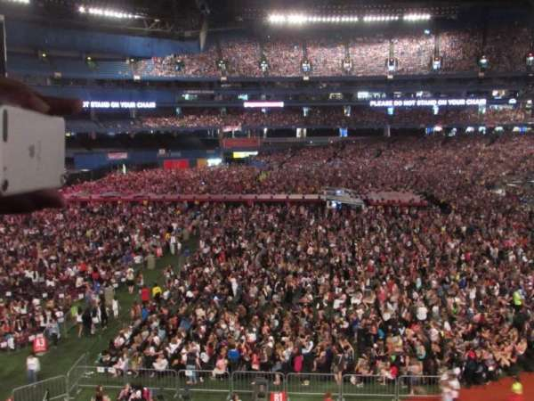 Rogers Centre, section: 237R, row: 1, seat: 7/8