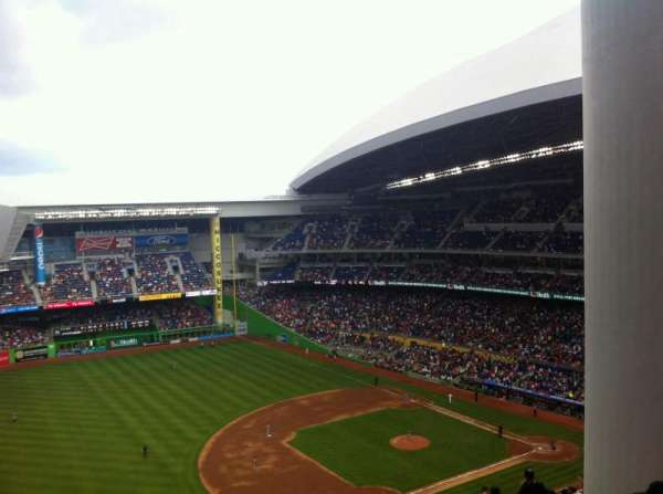 Marlins Park, section: 324, row: 30, seat: 6