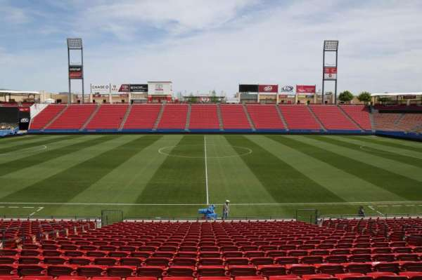 Toyota Stadium, section: 106, row: 20, seat: 10