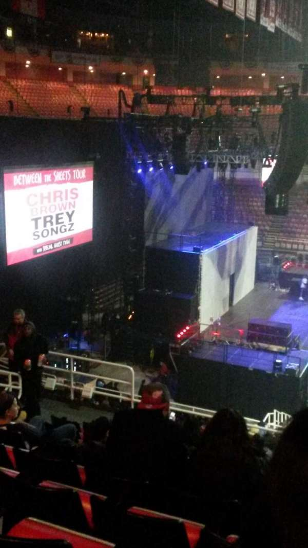 joe louis arena, section: 209, row: 11, seat: 8