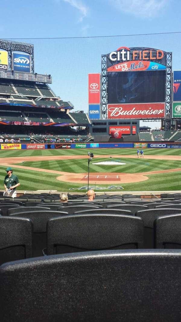 Citi Field, section: 15, row: 15, seat: 8