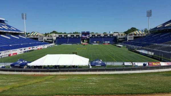 Navy-Marine Corps Memorial Stadium, section: b, row: 5, seat: 35