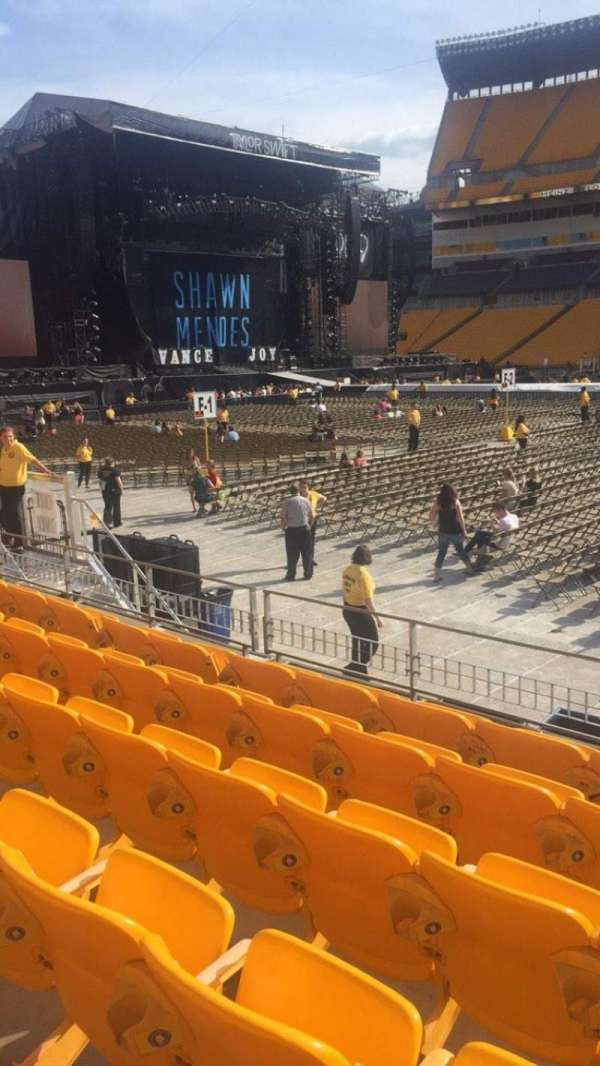 Heinz Field, section: 111, row: g, seat: 2