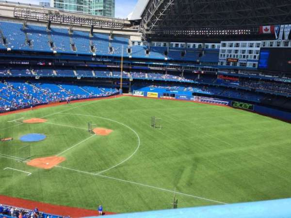 Rogers Centre, section: 515R, row: 1, seat: 5