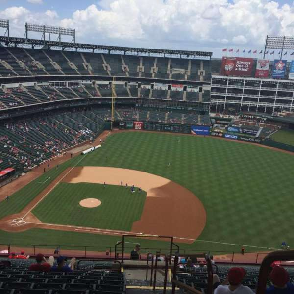 Globe Life Park in Arlington, section: 333, row: 23, seat: 18