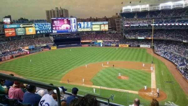 Yankee Stadium, section: 322, row: 6, seat: 19