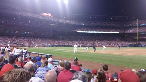 Busch Stadium, section: 140D, row: F, seat: 5