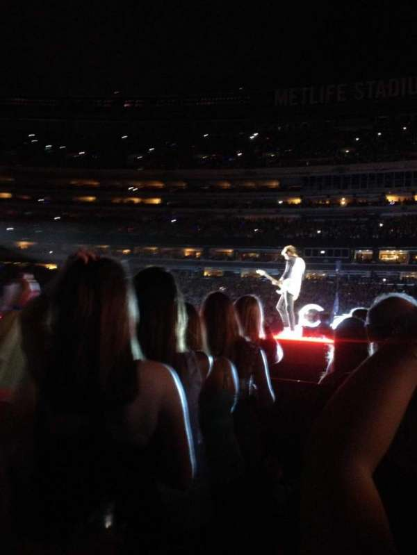 MetLife Stadium, section: 3, row: 25, seat: 5