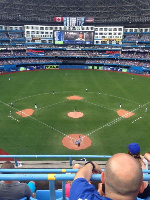 Rogers Centre, section: 524BR, row: 3