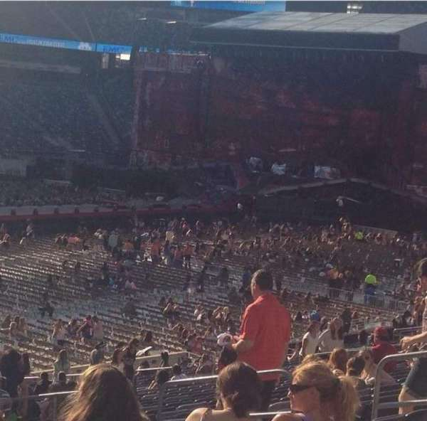 MetLife Stadium, section: 117, row: 35, seat: 13