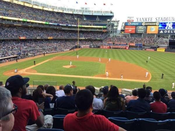 Yankee stadium, section: 215, row: 9, seat: 15