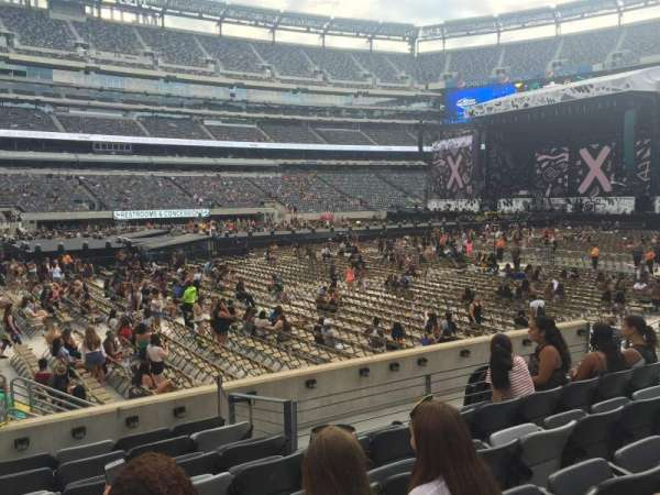 MetLife Stadium, section: 115A, row: 8, seat: 12