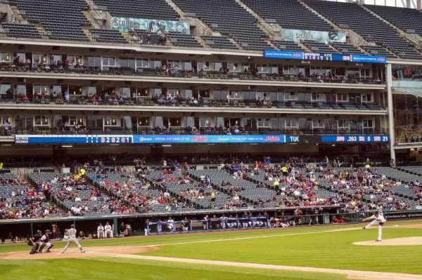 Progressive Field, section: 138, row: M, seat: 5