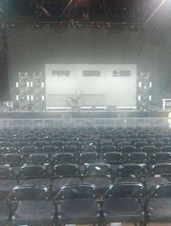 Hollywood Casino Amphitheatre (Tinley Park), section: 103, row: N, seat: 23