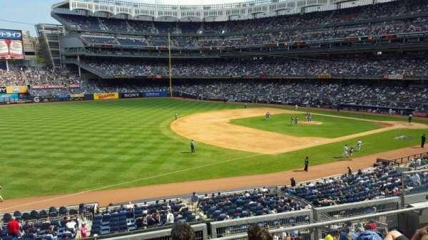 Yankee Stadium, section: 228, row: 4, seat: 8