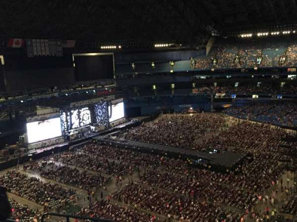 Rogers Centre, section: 533R, row: 14, seat: 6