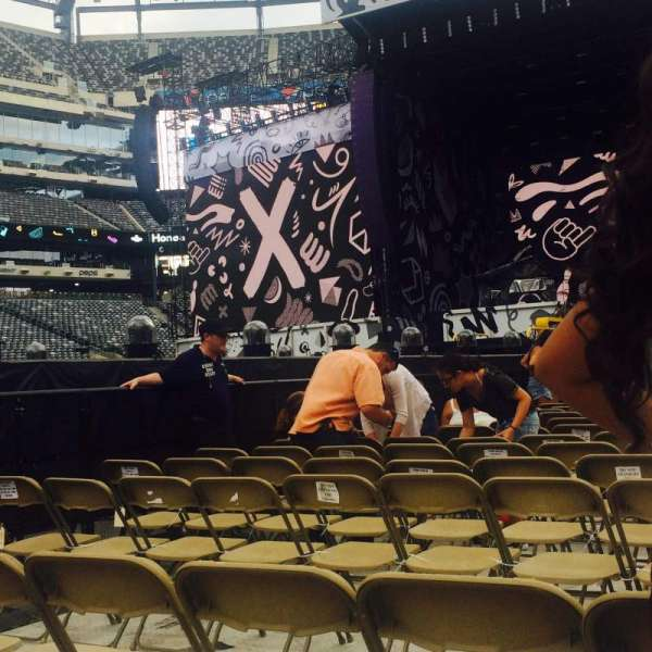 MetLife Stadium, section: 9, row: 3, seat: 3