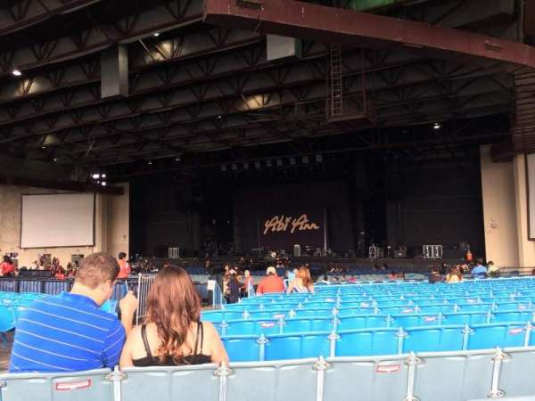 Dos Equis Pavilion, section: 201, row: TT, seat: 33