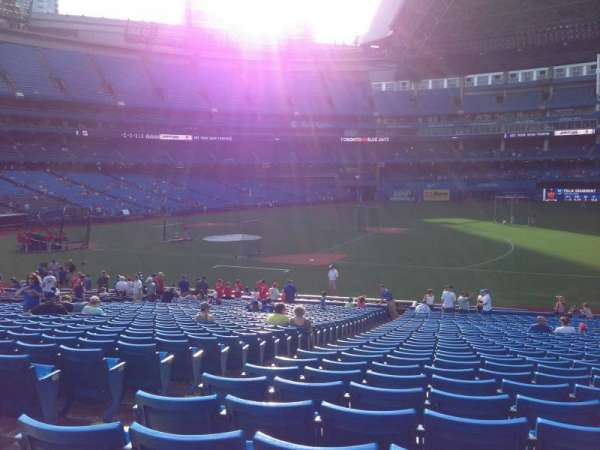Rogers Centre, section: 115R, row: 33, seat: 4