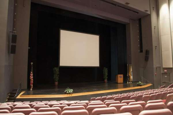Mainstage Theatre, section: Front Orchestra - Left, row: M