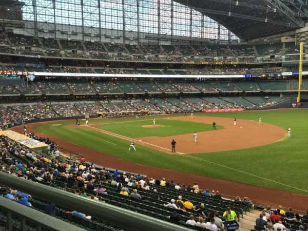 Miller Park, section: 209, row: 1, seat: 8
