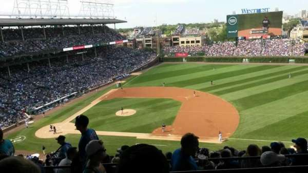 WRIGLEY FIELD, section: 426R, row: 6, seat: 8