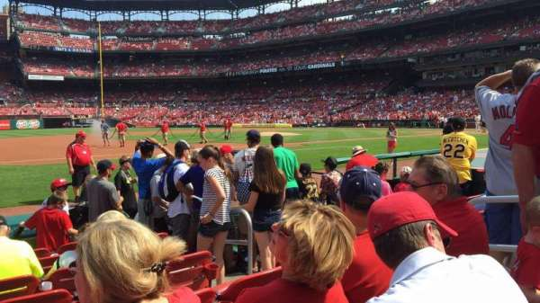Busch Stadium, section: 159, row: h, seat: 5