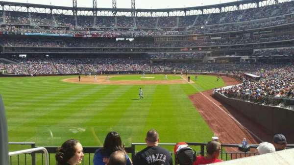 Citi Field, section: 132, row: 24, seat: 14