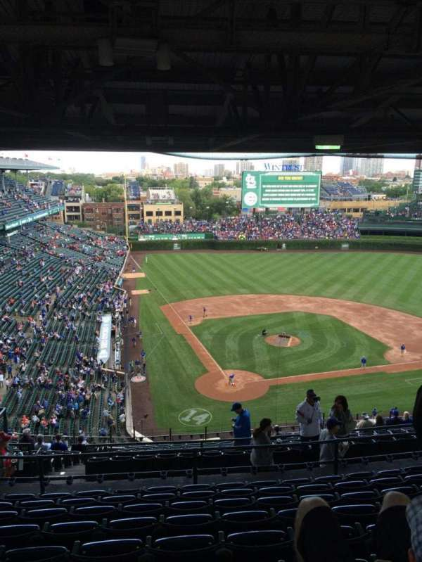 Wrigley Field, section: 420R, row: 9, seat: 10