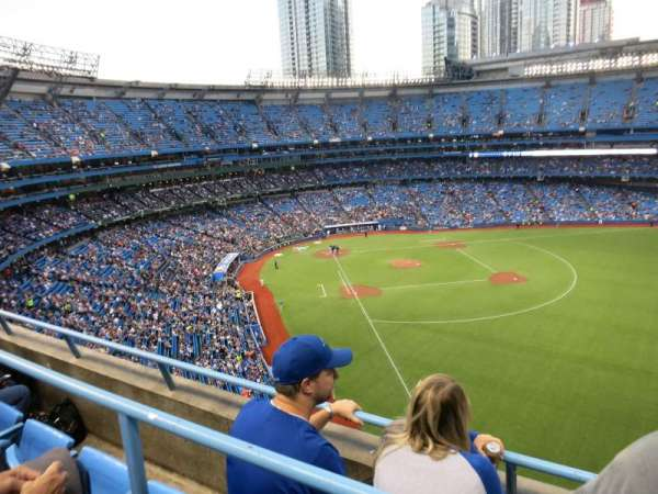 Rogers Centre, section: 510L, row: 3, seat: 106