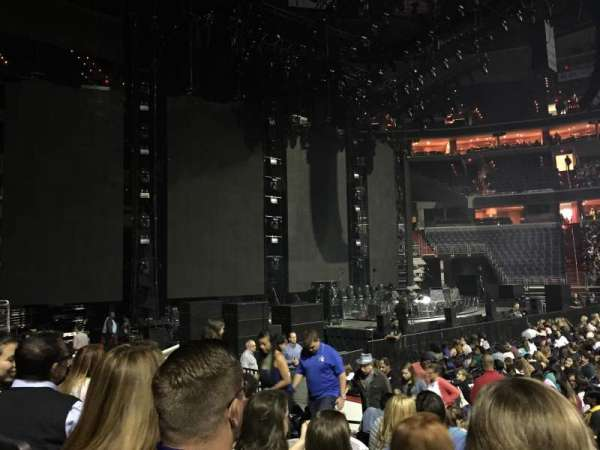 Capital One Arena, section: 121, row: H, seat: 10