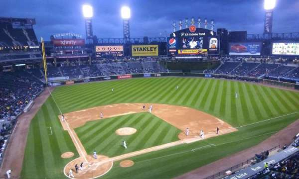 Guaranteed Rate Field, section: 528, row: 2, seat: 8
