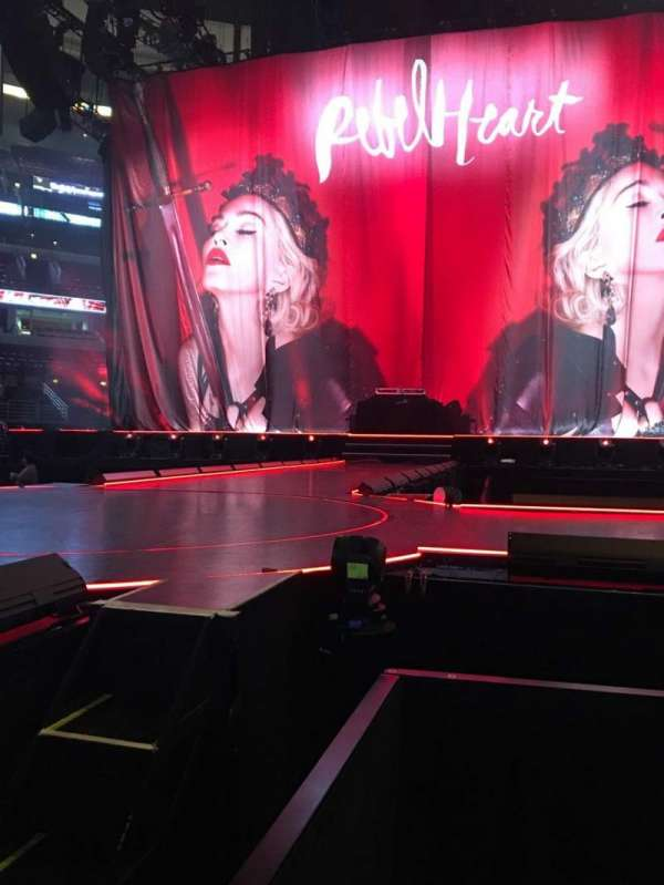 United Center, section: Floor 3, row: 18, seat: 1
