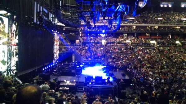 Nationwide Arena, section: 117, row: V, seat: 6