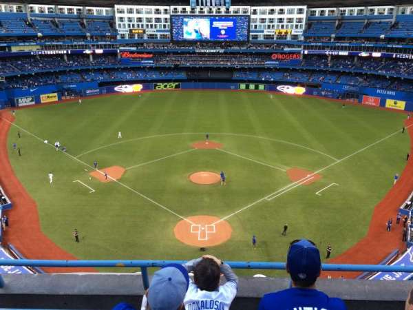 Rogers Centre, section: 524AL, row: 3, seat: 107