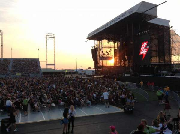 Hershey Park Stadium, section: 25, row: BB, seat: 18
