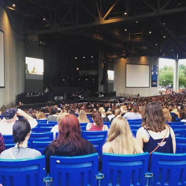 PNC Music Pavilion, section: 9, row: M, seat: 17