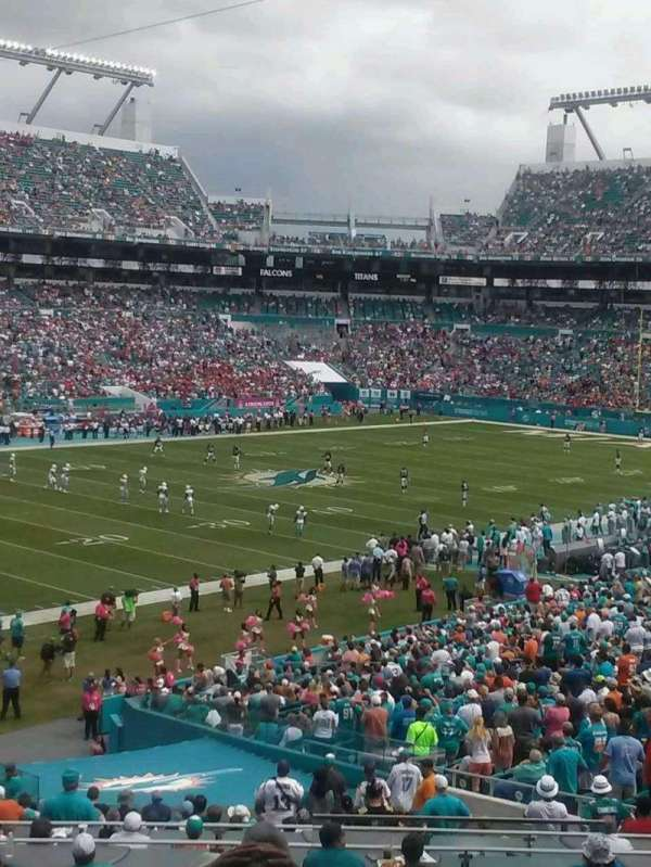 Hard Rock Stadium, section: 253, row: 8, seat: 1