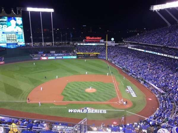 Kauffman Stadium, section: 413, row: V, seat: 2