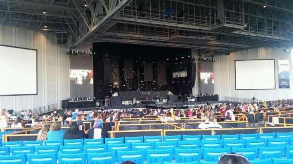 PNC Music Pavilion, section: 8, row: Q, seat: 15