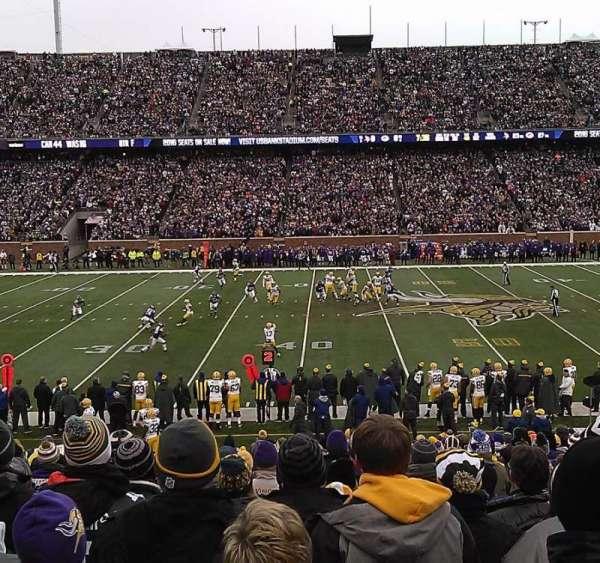 TCF Bank Stadium, section: 141, row: 25, seat: 15