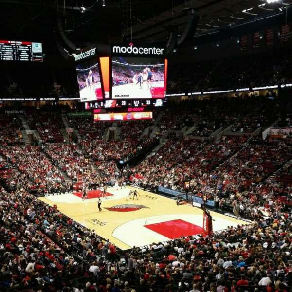Moda Center, section: 312, row: O