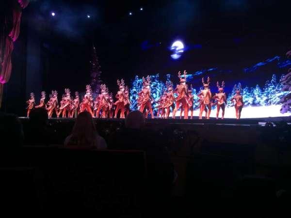 Radio City Music Hall, section: Orchestra 2, row: DD, seat: 207