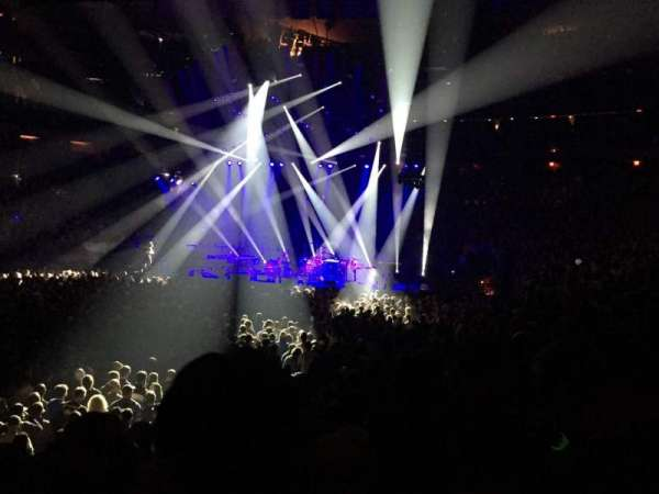 Madison Square Garden, section: 105, row: 7, seat: 12