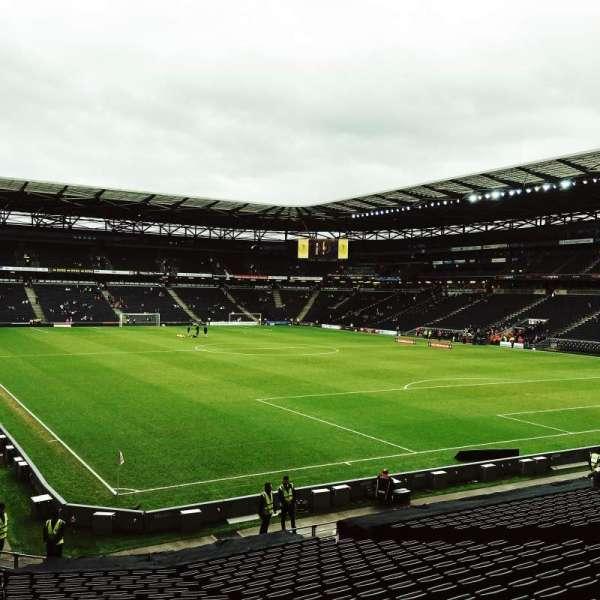 Stadium:mk, section: Aisle 35, row: Z, seat: 996