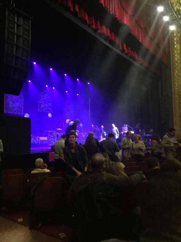 Chicago Theatre, section: MNFL2L, row: JJ, seat: 207