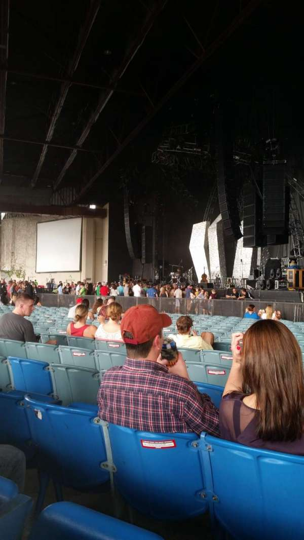 Dos Equis Pavilion, section: 100, row: Y, seat: 3and4