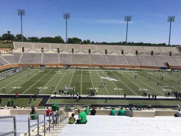 Apogee Stadium, section: 207, row: 21, seat: 27