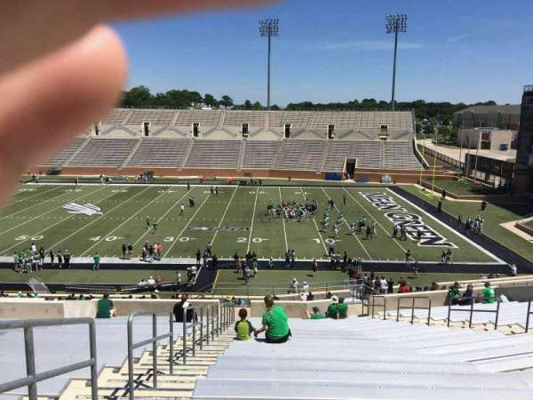 Apogee Stadium, section: 204, row: 20, seat: 9