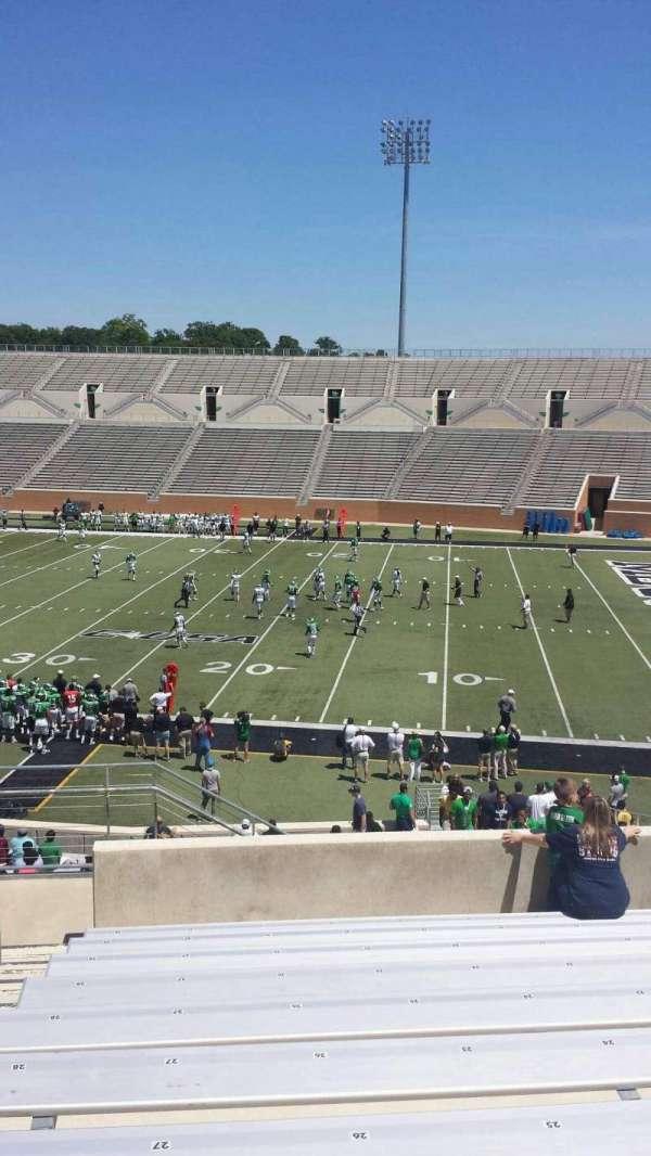 Apogee Stadium, section: 203, row: 20, seat: 27